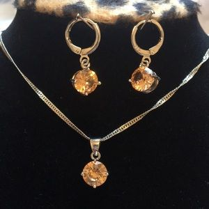 Necklace and earrings set NWOT